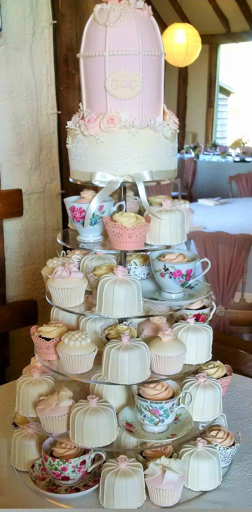 cupcakes & teacups