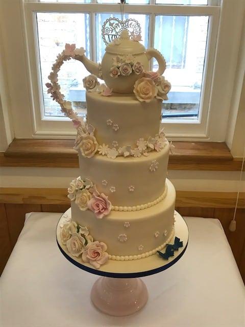 tea pot cake 2017